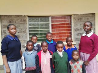 Neue Kinder aus dem Slum